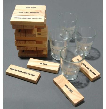 Дървена кула за напиване